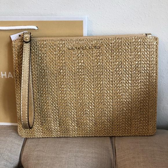 a5b1c6e61d82 Michael Kors Bags   Large Zip Clutch Straw Gold Wristlet   Poshmark